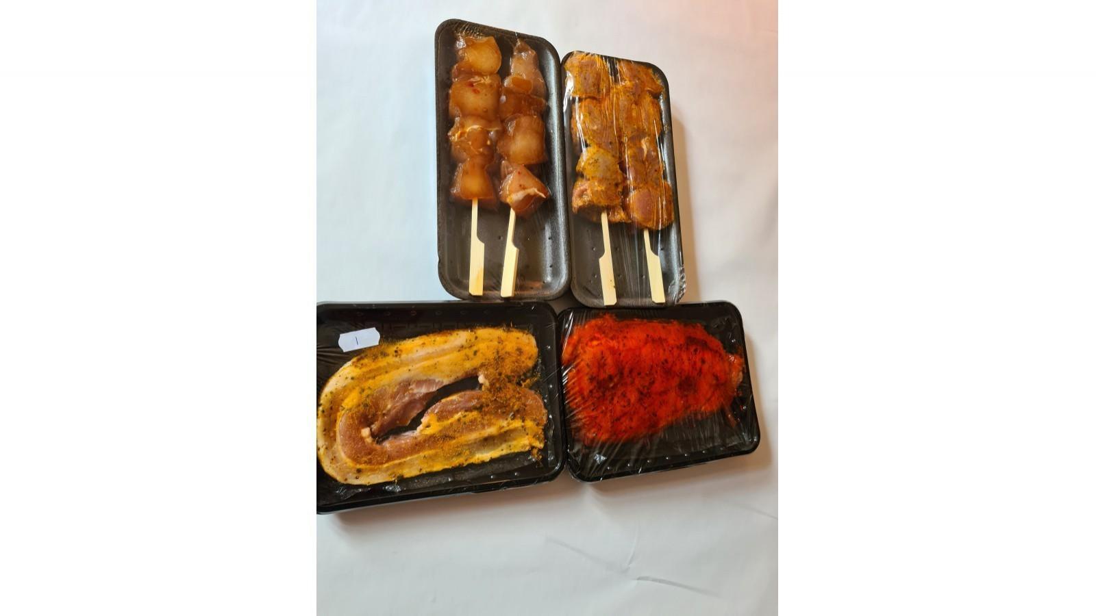 Deluxe barbecue box